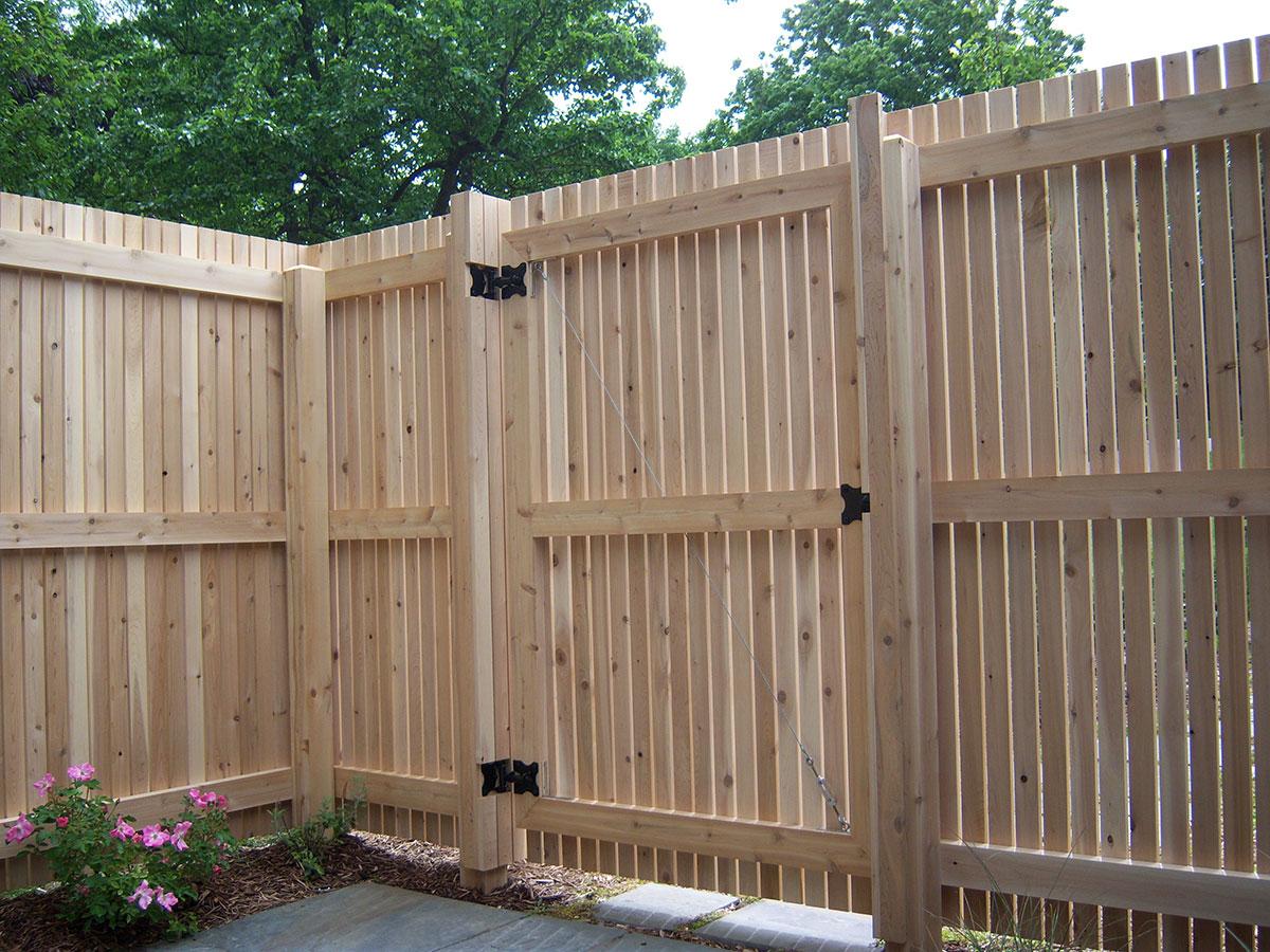 Как сделать забор и ворота своими руками видео